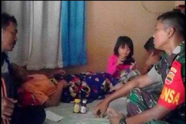 Wujudkan rasa peduli sesama, Babinsa Kodim 0204/DS besuk warga sakit
