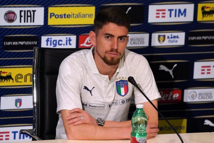 Sarri latih Juventus, Jorginho bertahan di Chelsea