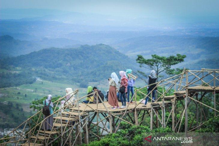 Pengelola wisata di Purwakarta diimbau asuransikan pengunjung