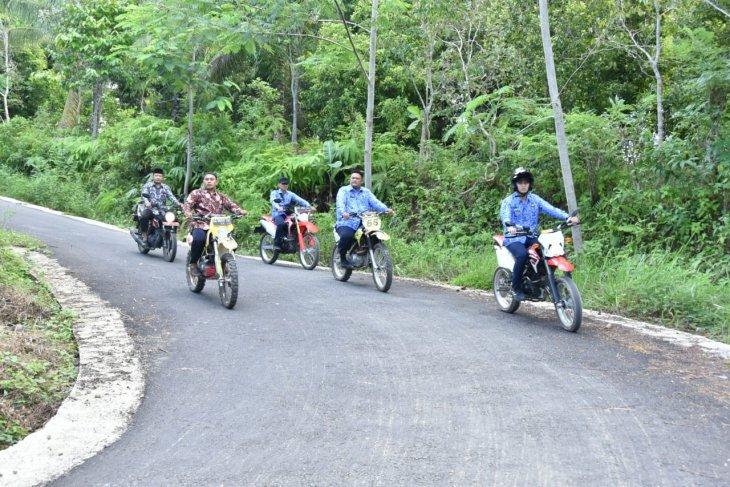 Bermotor trail, Bupati Trenggalek uji coba jalan tembus pesisir Munjungan-Watulimo