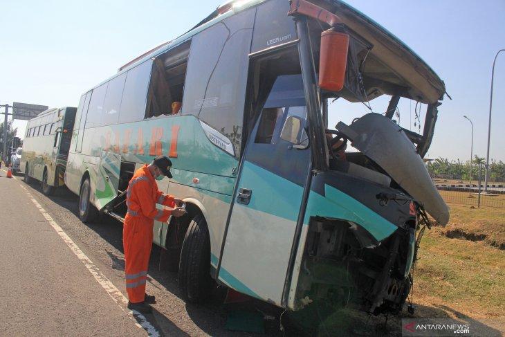 Korban meninggal kecelakaan Tol Cipali sudah dibawa keluarga