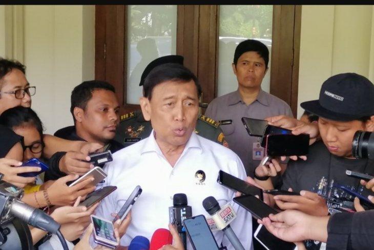 Menko Polhukam Wiranto pastikan aksi massa di MK bukan dari Prabowo
