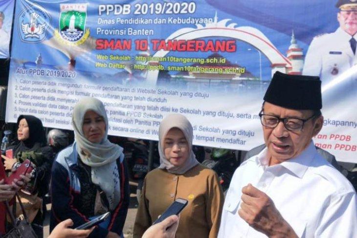 Gubernur Banten imbau sekolah tambah loket layanan pendaftaran PPDB