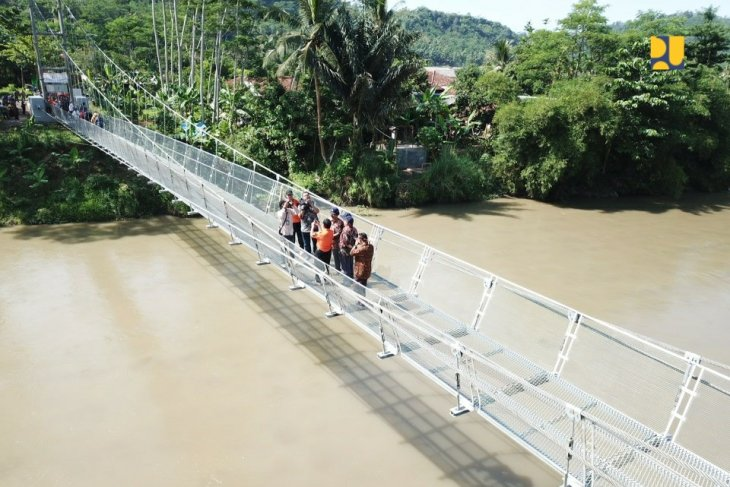 Ministry of PUPR urges checking old bridges