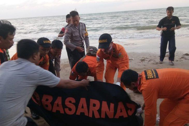Tiga korban kapal tenggelam belum ditemukan