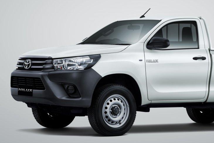 Toyota New Hilux Single Cabin Diesel pakai mesin  baru