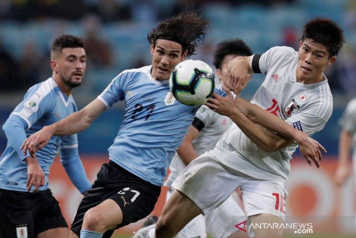 Jepang tahan imbang Uruguay 2-2