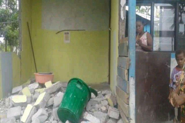 33 rumah warga rusak akibat gempa di Kabupaten Sarmi, Papua
