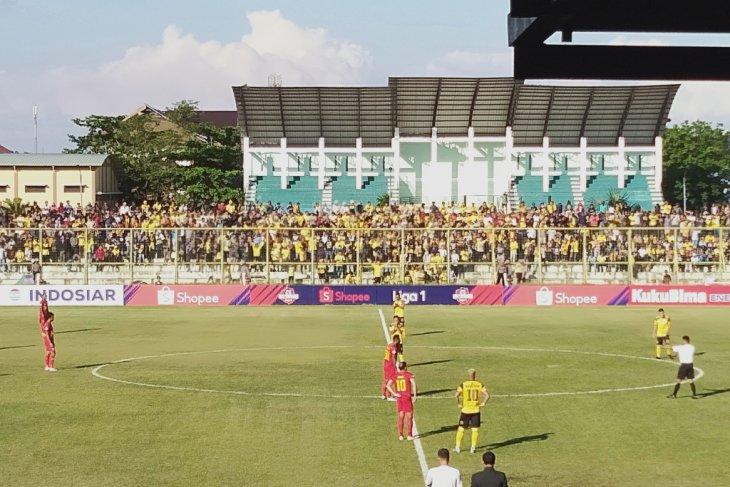 Barito kalah dari Kalteng Putra 1-2 di pertandingan derby Kalimantan