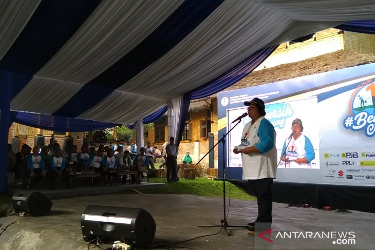 9.300 orang ikut aksi bersihkan Sungai Ciliwung
