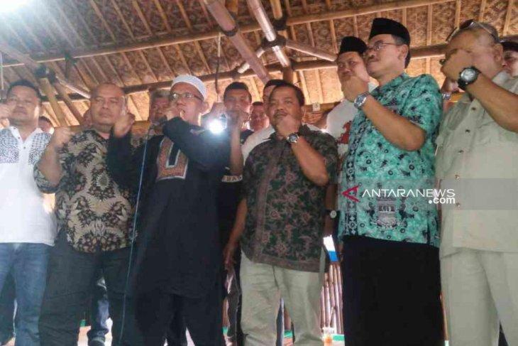 28 Ormas Bekasi deklarasi penolakan Cawabup luar daerah