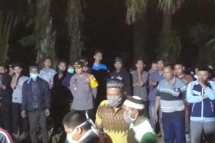 Kapolres Binjai hadiri pemakanan 23 korban kebakaran