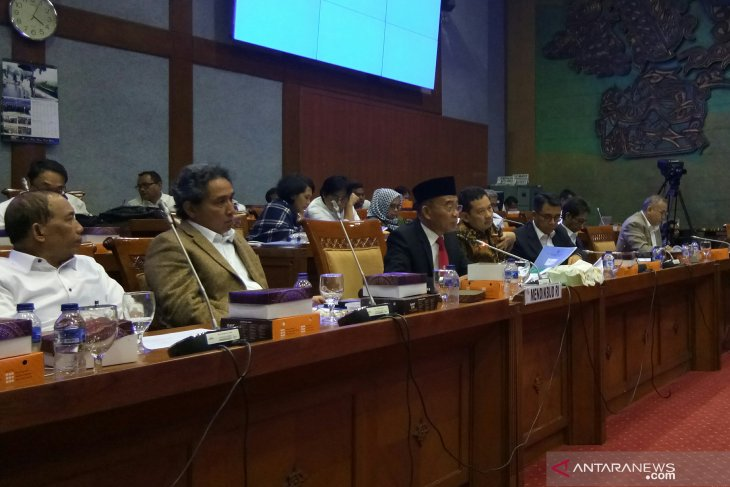 Seven regions allocate 20 percent of budget fund for education