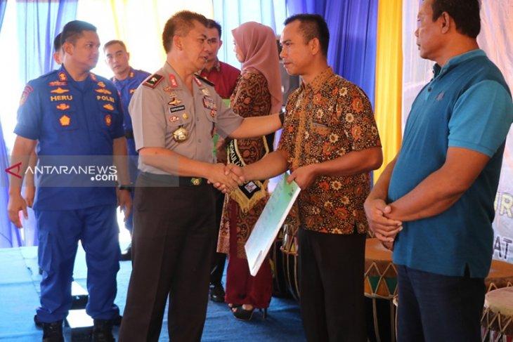 10 ribu nelayan tradisional Bengkulu dapat asuransi gratis