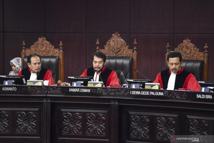 Sidang MK, MK menolak gugatan Prabowo-Sandi
