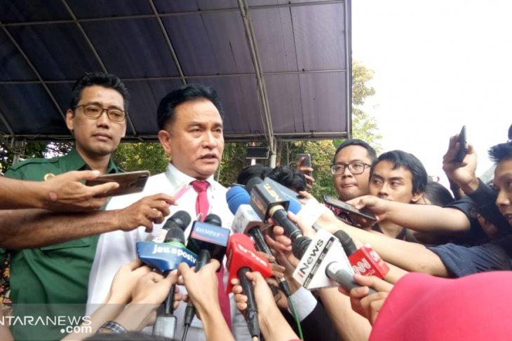 Yusril tidak dihadiri Prabowo-Sandi penetapan tetap sah