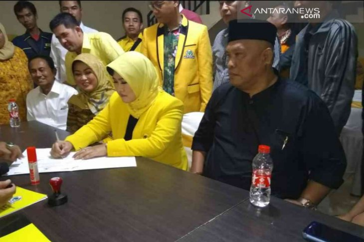 Tuti Yasin ikut penjaringan calon Wakil Bupati Bekasi