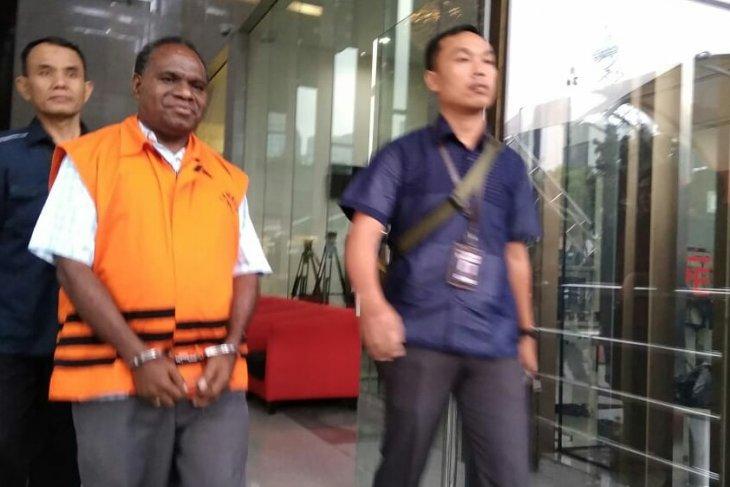 KPK arrests former Papua Highways Public Works head