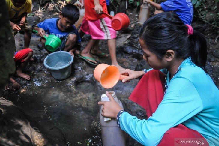 BPBD Lebak siagakan bantuan antisipasi krisis air bersih