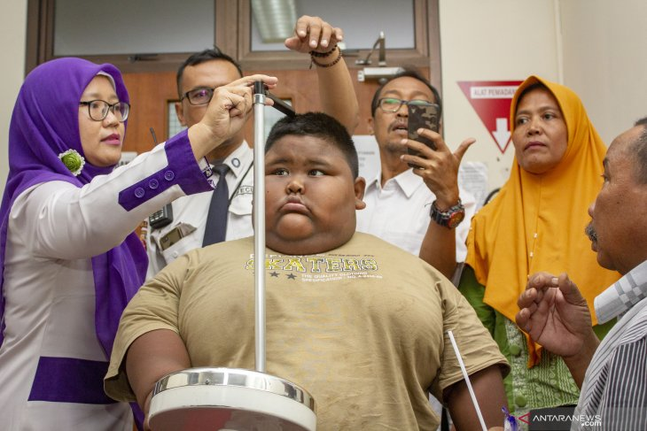 childhood obesity reaches alarming proportions in Indonesia