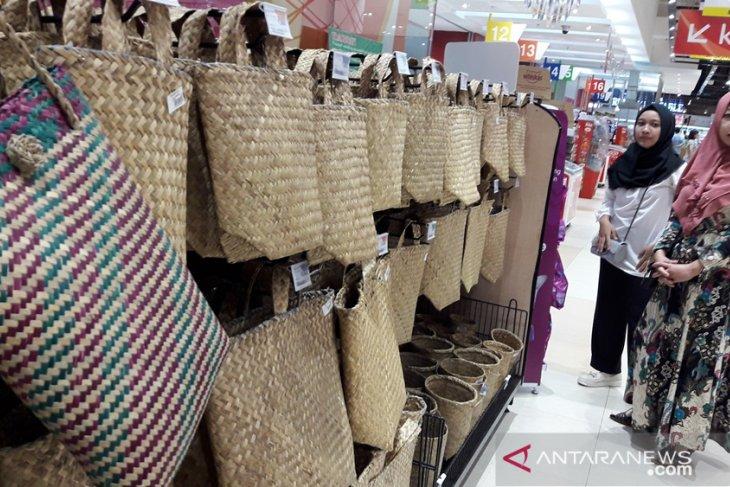 Bakul purun masuk super market