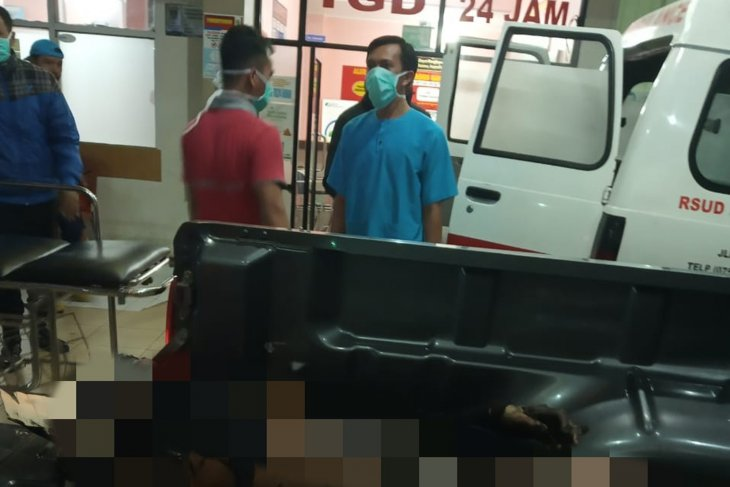 Motor membawa dua jeriken BBM meledak, satu orang meninggal