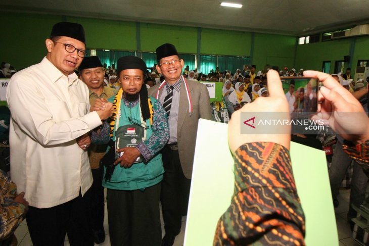 Menag sambut calon haji di Asrama Haji Embarkasi Surabaya