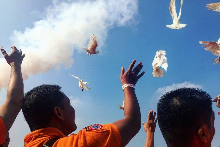 Polda Metro terbangkan 73 ekor merpati peringati HUT Bhayangkara