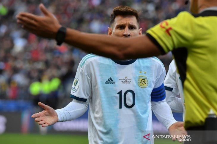 Messi sebut kartu merahnya di Copa America gara-gara kritik CONMEBOL