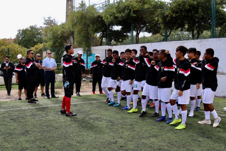 Garuda muda unjuk taji di turnamen  Portugal