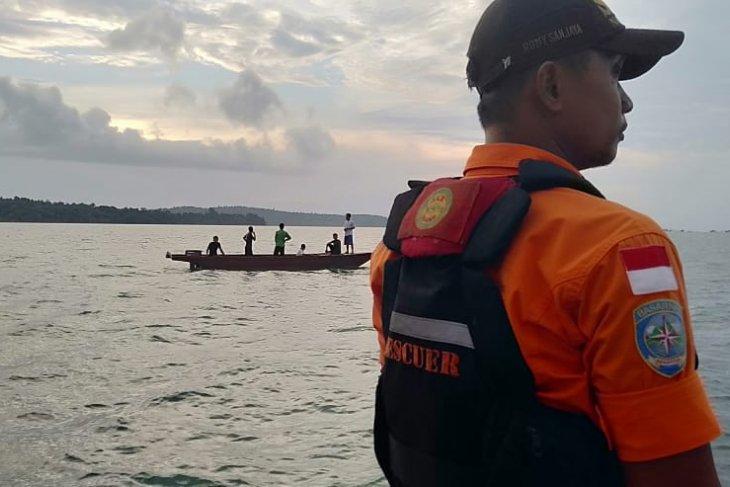 SAR looking for one victim of singking boat in Lingga waters