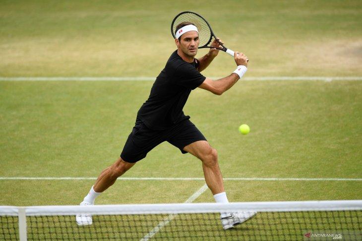 Roger Federer hadapi Nishikori di perempat final Wimbledon