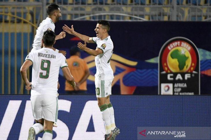 Aljazair lewati Guinea ke delapan besar Piala Afrika