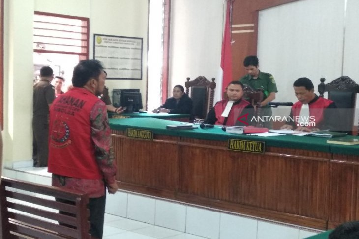 Raja Bonaran Situmeang divonis 5 tahun penjara, denda Rp1 miliar