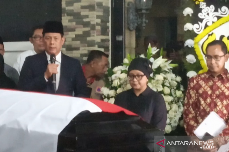 Sutopo's funeral conducted like mily funeral procession: BNPB