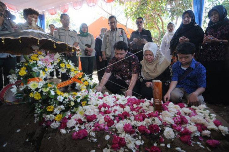 Pemakaman Sutopo Purwo Nugroho