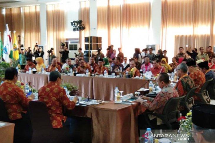 Rakor gubernur se-Sumatera bahas delapan program strategis
