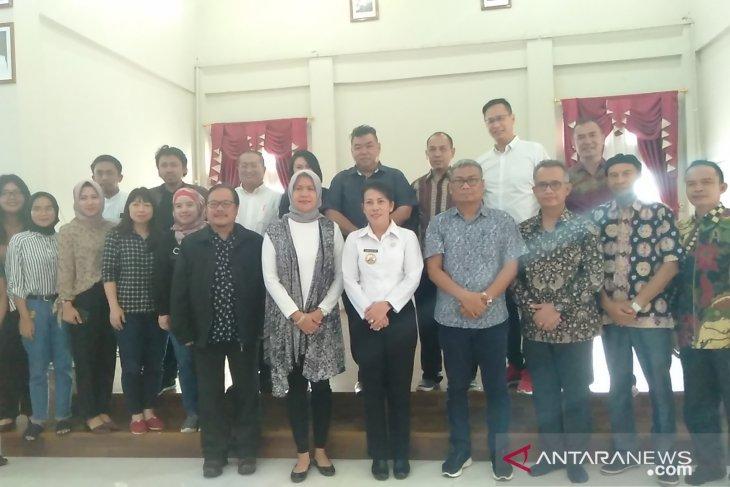 Sarawak Chambers explore cooperation with Singkawang