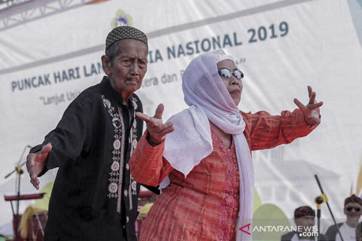 Peringatan hari lanjut usia nasional