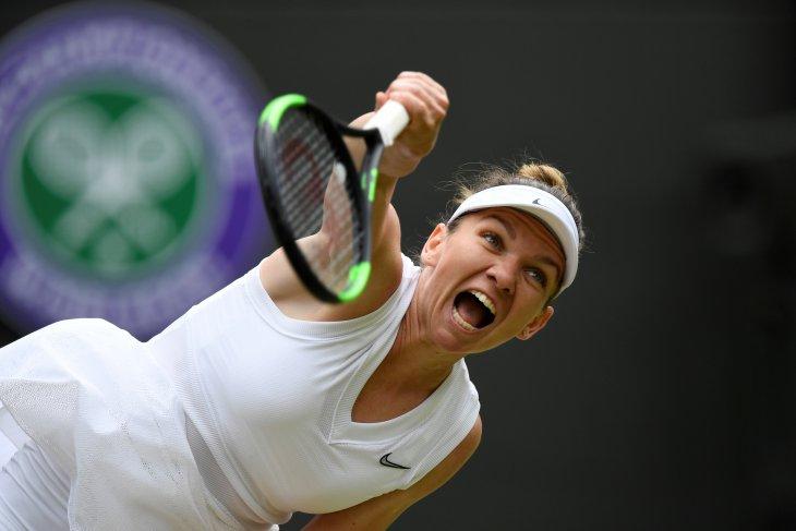 Simona Halep kalahkan Svitolina menuju final Wimbledon pertama
