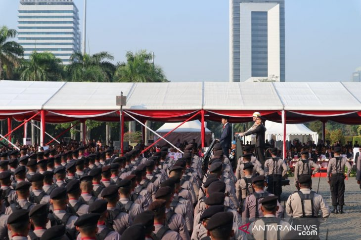 Presiden minta Polri tingkatkan kualitas SDM