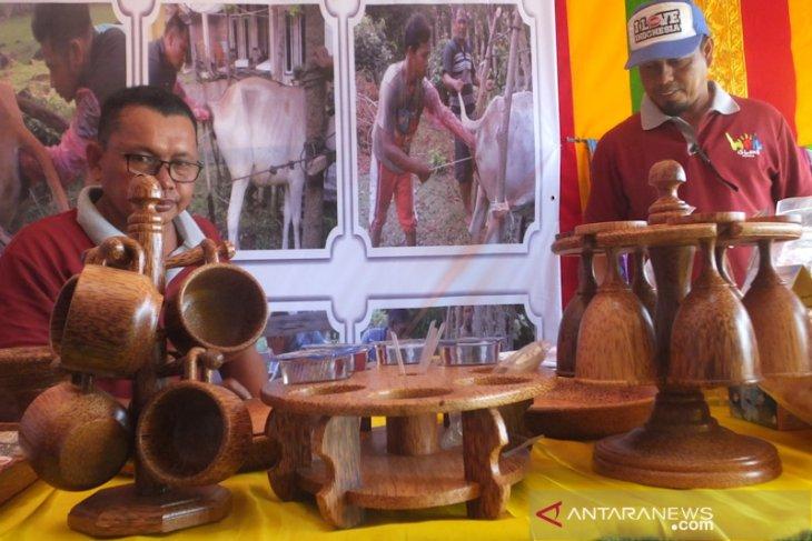 Sabang pamerkan kerajinan pohon kelapa di Expo Ternak