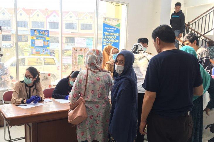 W Jakarta provides medical check for pregnant refugees