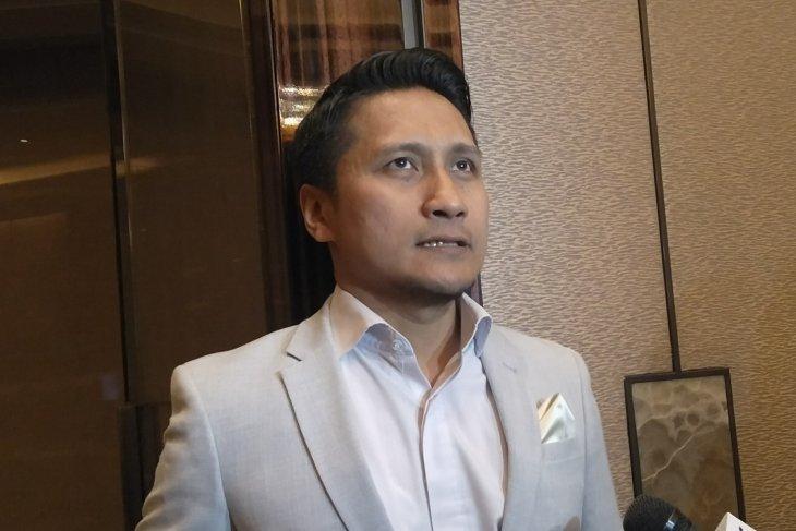 Arie Untung kenang pilot Sriwijaya Air SJ-182 yang ternyata kakak kelas