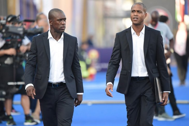 Kamerun pecat duet Seedorf-Kluivert