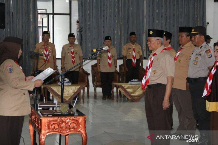 Acil Odah lantik Chairansyah Ketua Mabicab Pramuka HST