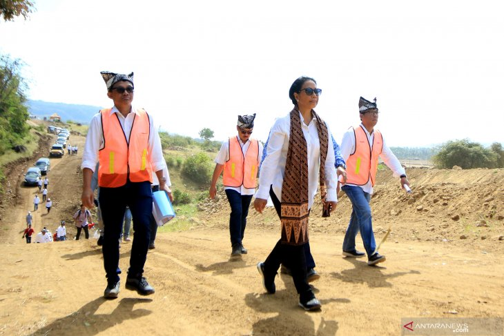 Menteri BUMN tinjau progres pembangunan industri kereta di Banyuwangi