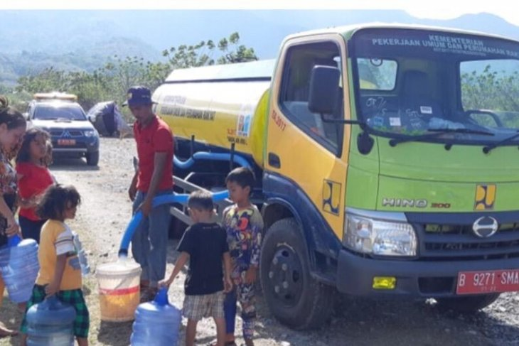 PUPR Ministry inspects availability of clean water in regions