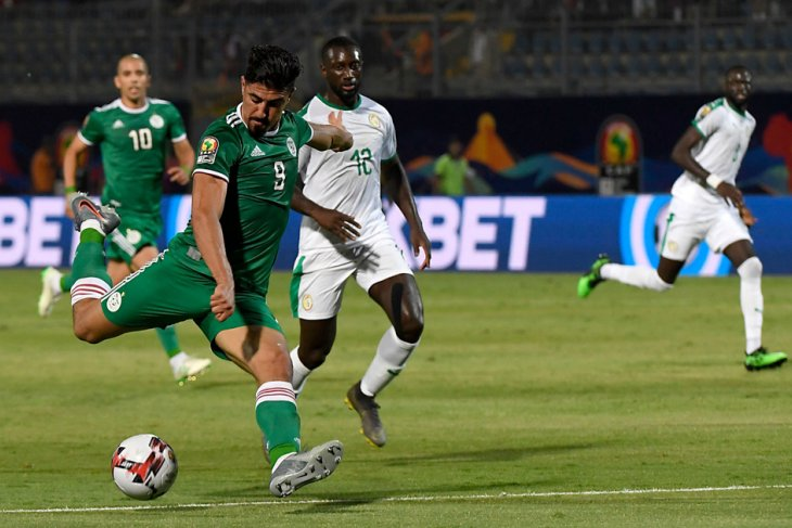 Dua sahabat bersaing menjadi yang terbaik di Piala Afrika