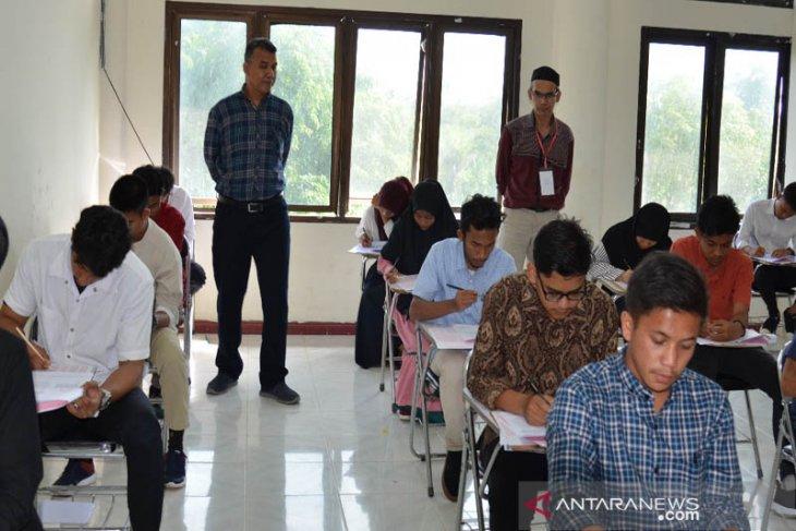854 calon mahasiswa mengikuti SMMPTN di Unimal